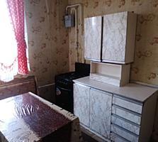 Бендеры Центр 2-комнатная с большой кухней