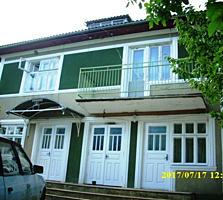 Se vinde casă în 2 nivele, 18 ari teren aferent, zonă pitorească...