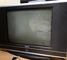 Vand Televizor VESTA in stare foarte buna