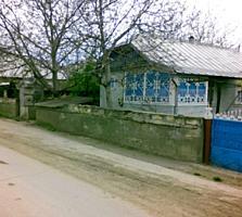 Se vinde casa. raionul Edineţ, sat. Lopatnic. Posibil şi în rate