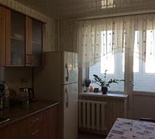 Ботаника, 3-ком., 2 уровня, кухня 12 м2, хорошее состояние!