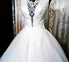 Продается свадебное платье S-M.