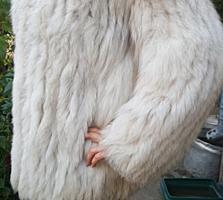 Продам песцовую шубу б/у, пальто б/у, ветровку новую