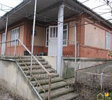 1 эт. котельцовый дом 90 кв. м. на 8 сотках земли, в центре с. Бардар