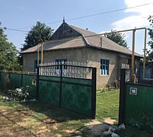Продам дом в селе Cucoara