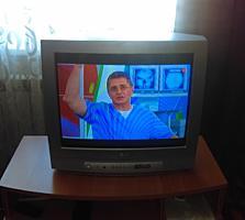 СРОЧНО Продаю телевизор LG/ DVD проигрыватель,