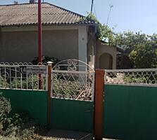 Срочно продается полдома, район Слободзея рядом со школой №3.
