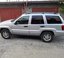 Продам Jeep 2004г., дизель, в отличном состоянии