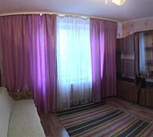 Продаётся комната с удобствами. Р-н Кировский.