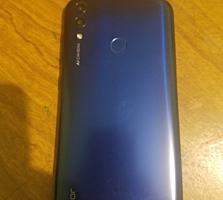 Продам телефон в отлияном состоянии HONOR 8C