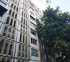 Пересечение улиц Дачия и Куза Водэ, 2-ком., МС серия, двусторонняя!