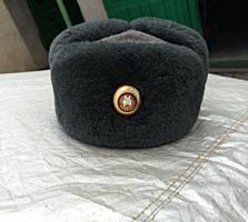 Продам шапку в отличном состоянии!!!! 100р.