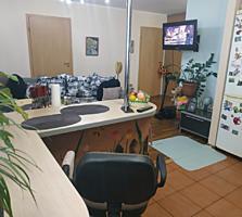 Двухкомнатная квартира с кухней - студией в каменном доме на Мечникова