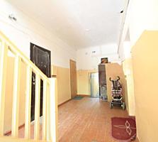 De vânzare apartament bun cu 2 odăi, Centru, Colina Pușkin!