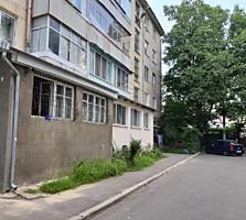 Буюканы, 1-ком., котелец, 3/5 этаж, балкон на комнату и кухню!