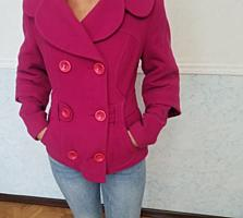 Женское пальто размер 44 на холодную осень