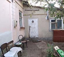 Продается дом по ул. 31 Августа, автономное отопление, 5,5 сот. земли.