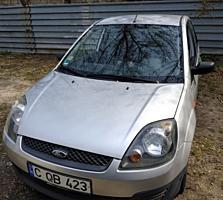 Продам срочно Ford Fiesta