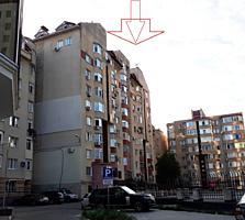 Vand apartament cu 3 odai in Centru, linga Ambasada Rusiei