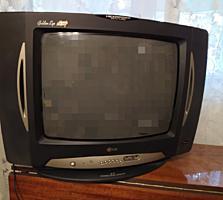 Продам хороший цветной телевизор LG диагональю 51 см 350 руб.