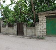 Durlești, str. Viilor 14. Se vinde o parte de casă 110 m pe 6 ari
