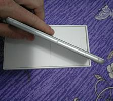 Продам IPHONE 7 32 gb silver