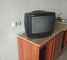 Продам телевизор 50 $