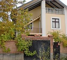Vand casa cu 2 etaje in Dumbrava