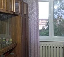 Бендеры, ул. Суворова, 2-комнатная квартира, 5/5 эт., 50/35/5,5