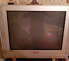Продам ТВ Samsung 500 лей