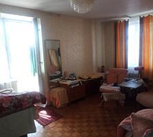 Продам 1- комнатную в Центре