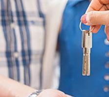 Порядочная семья снимет квартиру или дом на длительный срок.