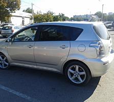 Продам Toyota Corolla Verso