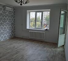 Ремонт хороший, этаж 2/9, 143 серия, частично мебель!