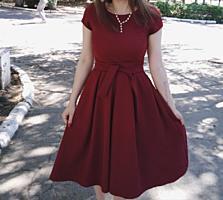 Vând rochie în stare foarte bună