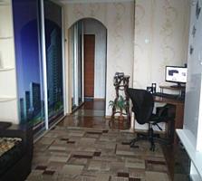 Хорошая квартира с ремонтом в лучшем районе Балки на Юности, балкон 6 м