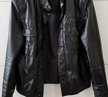 Продам отличную кожаную куртку!