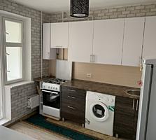 3 ком Чеканы, 143 серия, середина, ремонт, частично мебель!