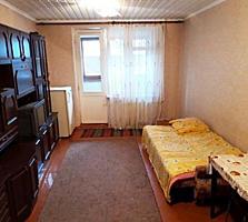 Cameră în cămin, etajul 4 din 5, balcon, Botanica