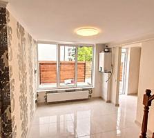 Таунхаус 2 этажа 2 спальни + (салон & кухня) 55 m2 + дворик