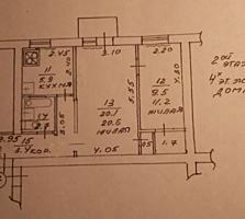 Продам 2-ком. квартиру 45кв. м. 2/4эт. дома середина торг собственник.