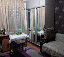 2-комнатная квартира, середина 2 этаж из 5,котелец неплохой ремонт