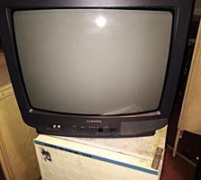 Продам хороший телевизор 54 см диагональ.