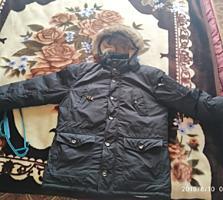 Продам мужскую чёрную зимнюю куртку