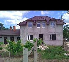 Продам недостроенный дом с пристройками на берегу Днестра