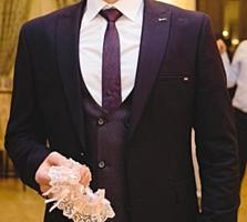 Продам Новый Свадебный Костюм