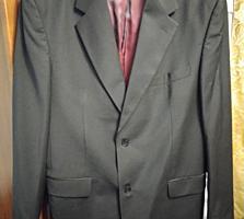 Продается пиджак и новые рубашки