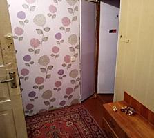 Продается 2-комнатная, ул 9 Января 141.