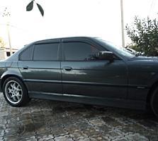 Продам БМВ 730