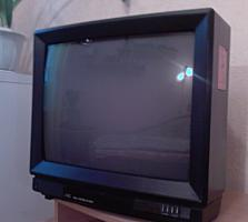 "ТВ ""JVC"" 54 см с видеомагнитофоном. Антенна для телевизора."